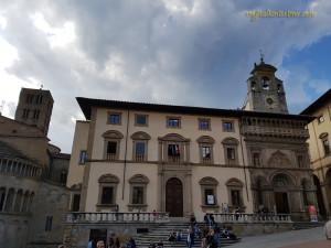 Palazzo della Fraternita dei Laici in Piazza Grande.